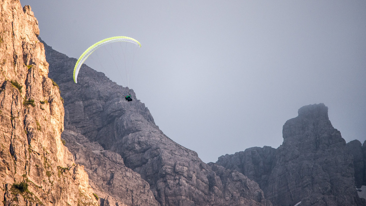 Airdesign.Gliders.All.Hike.Some.Fly