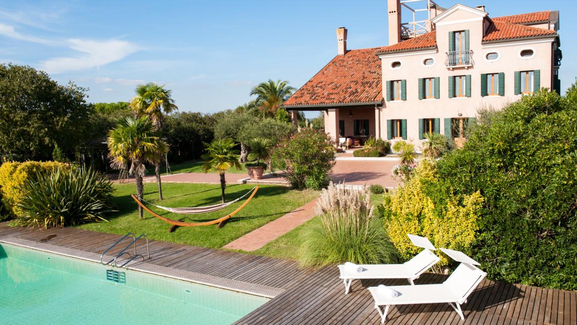 Yoga Retreat Santa Christina Island Venice